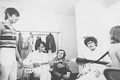 Davy Jones, Mike Nesmith, Jack Nicholson, Micky Dolenz, Peter Tork