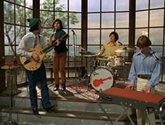 Mike Nesmith (Jeff Geddis), Davy Jones (George Stanchev), Micky Dolenz (Aaron Lohr), Peter Tork (L.B. Fisher)