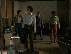 Micky Dolenz (Aaron Lohr), Mike Nesmith (Jeff Geddis), Peter Tork (L.B. Fisher), Davy Jones (George Stanchev)