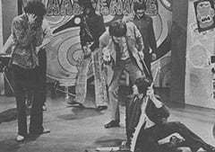 Micky Dolenz, Mark Lindsay, Keith Allison, Freddy Weller, Davy Jones