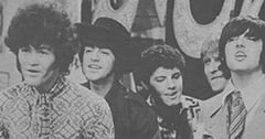 Micky Dolenz, Mark Lindsay, Joe Correro, Jr., Paul Revere, Keith Allison