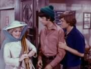 Fern Badderly (Kelly Jean Peters), Mike Nesmith, Micky Dolenz