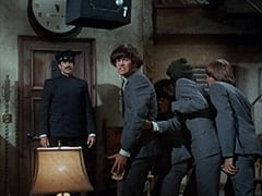Sigmund (Vincent Beck), Micky Dolenz, Davy Jones, Mike Nesmith, Peter Tork