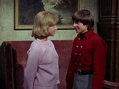 Ellie Reynolds (Stacey Maxwell), Davy Jones