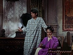 Mike Nesmith, Madame Roselle (Lea Marmer)