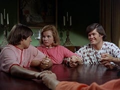 Davy Jones, Ellie Reynolds (Stacey Maxwell), Micky Dolenz