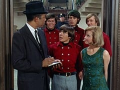 Vince Howard, Micky Dolenz, Cunningham Manor Cop (?), Davy Jones, Mike Nesmith, Ellie Reynolds (Stacey Maxwell), Peter Tork