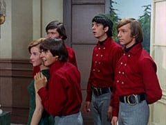 Ellie Reynolds (Stacey Maxwell), Davy Jones, Micky Dolenz, Mike Nesmith, Peter Tork