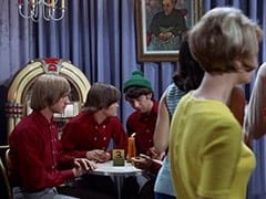 Peter Tork, Micky Dolenz, Mike Nesmith, Table 2 Woman (?) - La Berceuse
