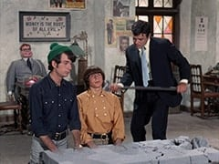 Mr. Schneider, Mike Nesmith, Davy Jones, Nick Trump (Andre Phillippe)