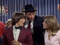 Davy Jones, George (Vic Tayback), Vincent Van Girlfriend (Valerie Kairys)