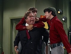 Boris (Jacques Aubuchon), Davy Jones, Mike Nesmith