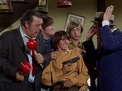 Lenny (Lon Chaney Jr.), Micky Dolenz, Davy Jones, Peter Tork, George (Len Lesser)