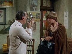 Dr. Mann (Jerry Colonna), Peter Tork