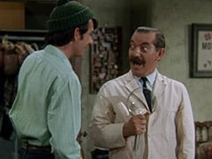 Mike Nesmith, Dr. Mann (Jerry Colonna)