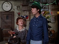 Mrs. Weefers (Diana Chesney), Mike Nesmith