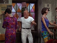 Mr. Clean (Duke Fishman), Tall Brunette Extra