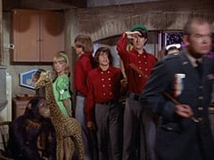 Leslie Vandenberg (Sherry Alberoni), Peter Tork, Davy Jones, Mike Nesmith, General Harley Vandenberg (Arch Johnson)