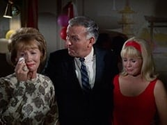 Mrs. Russell (June Whitley Taylor), Charles Russell (Richard St. John), Vanessa Russell (Robyn Millan)