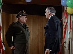 Guard (Joe Higgins), Charles Russell (Richard St. John)