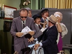 Paddy the Fix (Jon Kowal), Red O'Leary (Paul Sorensen), Davy Jones, Micky Dolenz, Benny the Book (Mousy Garner), Big Flora (Helene Winston)