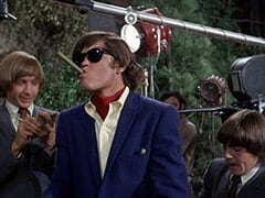 Peter Tork, M.D. (Micky Dolenz), David Pearl, Davy Jones