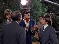 Peter Tork, Bernie Class (Phil Leeds), M.D. (Micky Dolenz), David Pearl, Davy Jones
