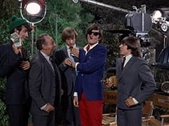Mike Nesmith, Bernie Class (Phil Leeds), Peter Tork, M.D. (Micky Dolenz), Davy Jones