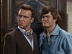 Ronnie Farnsworth (George Furth), Micky Dolenz