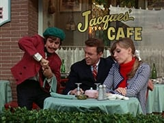 Davy Jones, Ronnie Farnsworth (George Furth), Valerie Cartwright (Lisa James)