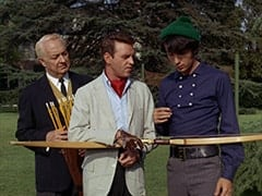 Jeeves (?), Ronnie Farnsworth (George Furth), Mike Nesmith