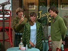 Peter Tork, Valerie Cartwright (Lisa James), Micky Dolenz