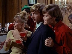 Valerie Cartwright (Lisa James), Peter Tork, Micky Dolenz