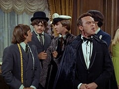 Davy Jones, Micky Dolenz, Peter Tork, Ronnie Farnsworth (George Furth)