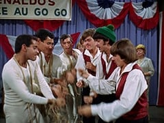 Smoothie (Derrik Lewis), Peter Tork, Micky Dolenz, Mike Nesmith, Davy Jones