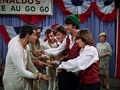 Smoothie (Derrik Lewis), Micky Dolenz, Mike Nesmith, Davy Jones