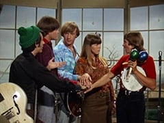 Mike Nesmith, Micky Dolenz, Peter Tork, Jan Freeman, Davy Jones