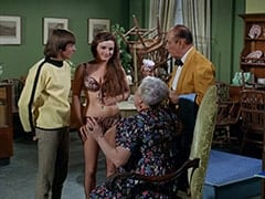 Davy Jones, Fern Badderly (Kelly Jean Peters), Mrs. Badderly (Reta Shaw), Ballroom Waiter (?)