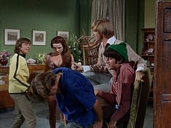 Davy Jones, Micky Dolenz, Fern Badderly (Kelly Jean Peters), Peter Tork, Mike Nesmith