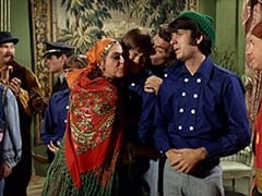 Zeppo (Gene Dynarski), Rantha Mansion Guard (?), Davy Jones, Maria (Jeanne Arnold), Micky Dolenz, Marco (Vincent Beck), Mike Nesmith, Peter Tork