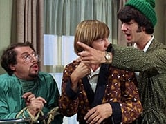Dr. Marcovich (Vito Scotti), Peter Tork, Mike Nesmith