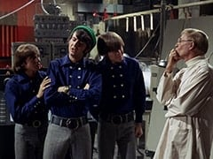 Davy Jones, Mike Nesmith, Micky Dolenz, Dr. Mendoza (John Hoyt)