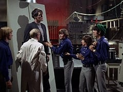 Peter Tork, Dr. Mendoza (John Hoyt), Monster (Richard Kiel), Micky Dolenz, Davy Jones, Mike Nesmith