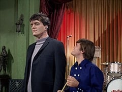 Monster (Richard Kiel), Micky Dolenz