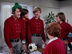 Mike Nesmith, Micky Dolenz, Peter Tork, Miss Irene Chomsky (Bobo Lewis), Davy Jones