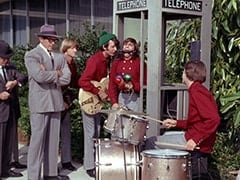 Superman (Clark Ross), Peter Tork, Mike Nesmith, Davy Jones, Micky Dolenz