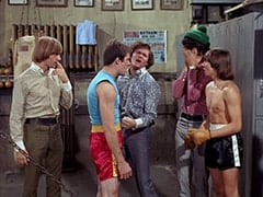 Peter Tork, Smasher (Robert Lyons), Micky Dolenz, Mike Nesmith, Davy Jones