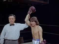 Referee (Al Silvani), Davy Jones