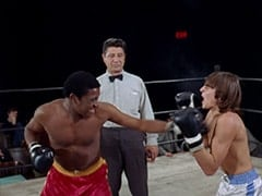 The Champ (D'Urville Martin), Referee (Al Silvani), Davy Jones