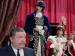 Max (Joe Higgins), Mike Nesmith, Davy Jones